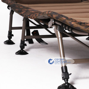 FOX Bed Chair Royale R2 Camo Standard 2