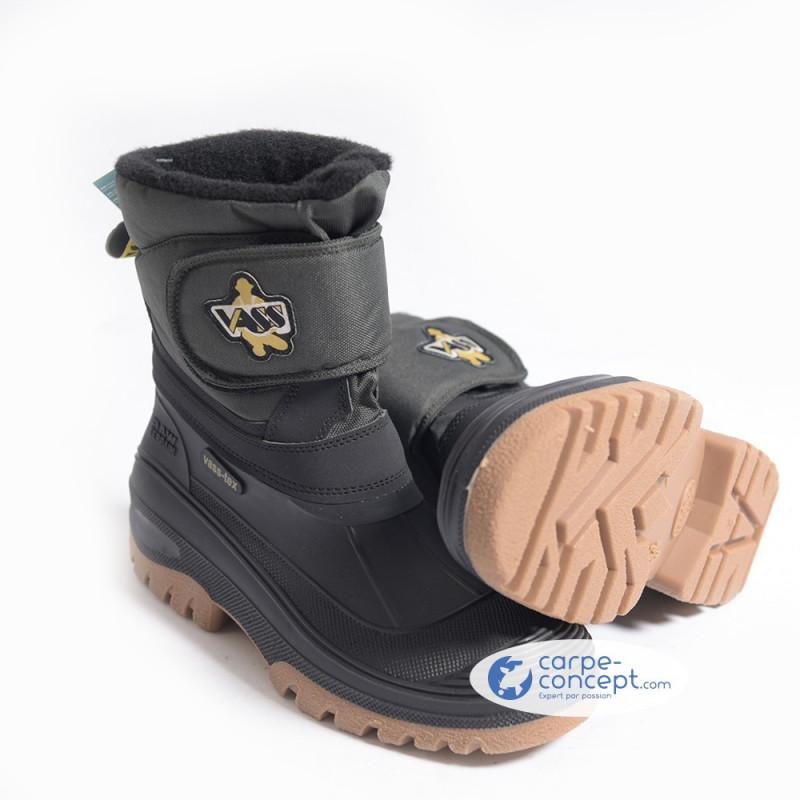 VASS Fleece lined boot velcro strap